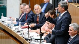 Österreichs Finanzen: EU warnt, OECD warnt, Opposition tobt