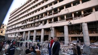 Vier Bombenanschläge erschüttern Kairo