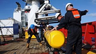 Unbemanntes U-Boot soll nach vermisstem Flugzeug suchen