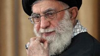 Irans oberster Führer behauptet, die Proteste seien vom Ausland gesteuert.