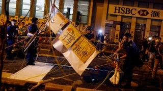 Hongkonger Polizei räumt eines der wichtigsten Protestcamps