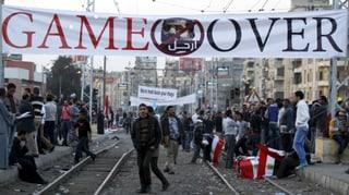 Mursi gibt ein bisschen nach – Opposition bleibt hart
