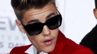 Erst Eier, jetzt Alkohol: Justin Bieber ist verhaftet worden