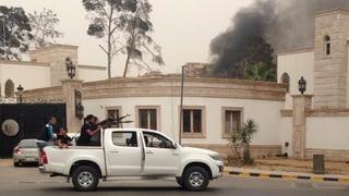 Libysches Parlament von Bewaffneten gestürmt