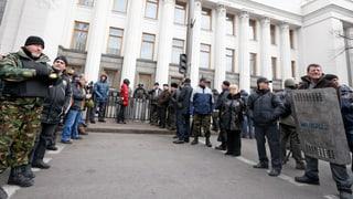 Polizei stellt sich auf die Seite der Opposition