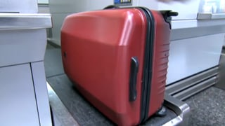 Jeder zweite Rollkoffer «ungenügend» (Artikel enthält Video)