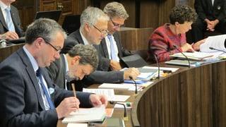 Silberne statt goldene Fallschirme für Alt-Regierungsräte