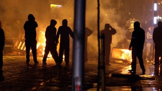 Flaggenstreit: Keine Ruhe in Belfast