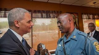 Ferguson: US-Justizminister verspricht faire Untersuchung