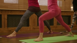 Drei Yogamatten erhalten «gute» Noten (Artikel enthält Video)