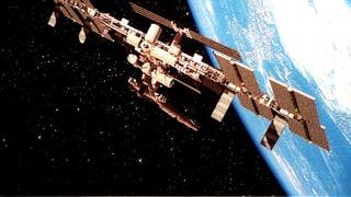 Weltraum-Müll zwingt ISS-Crew in Rettungskapsel