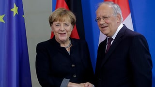 Schneider-Ammann bei Merkel: Optimismus auf beiden Seiten