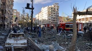 Tirchia: Manaders da HDP en arrest – explosiun en il sidost