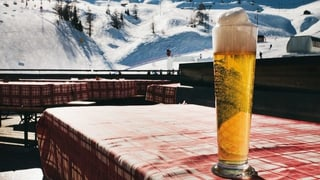 Betrunken im Schnee – kaum jemanden kümmert's