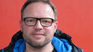 Video «Roger Schawinski im Gespräch mit Kurt Pelda» abspielen