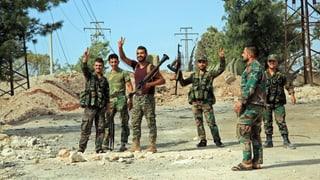 Assads Truppen drängen Rebellen in Aleppo zurück
