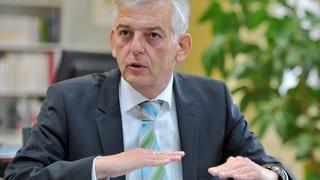 Asyl-Stau in Deutschland: Chef der Migrationsbehörde tritt zurück