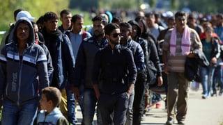 EU beginnt mit Umverteilung von Flüchtlingen
