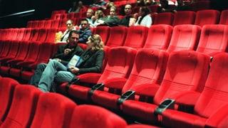 Kinos a Cuira: Iniziants spetgan sin decisiun da parlament