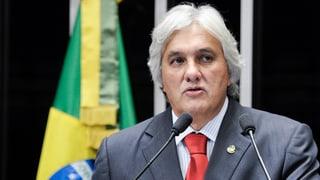 Scandal d'ieli en Brasilia: senatur e banchier arrestads