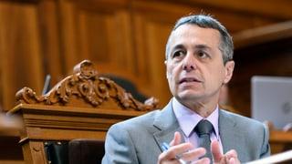 Svizra - UE: Sindicats smanatschan cun referendum
