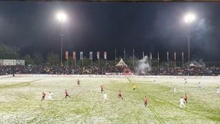 FC Aarau bleibt am Barrageplatz dran