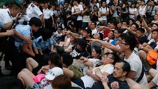 Verhaftungen nach Protesten für mehr Demokratie