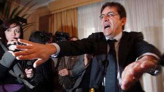 Berlusconi entledigt sich einer obskuren Figur