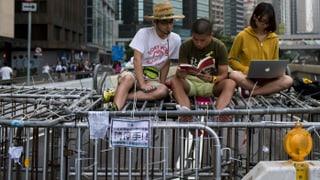 Hongkongs Regierung fordert Ende der Blockaden bis Montag