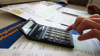 Aarauerinnen und Aarauer sollen mehr Steuern zahlen