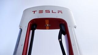 Tesla überrascht mit Plus