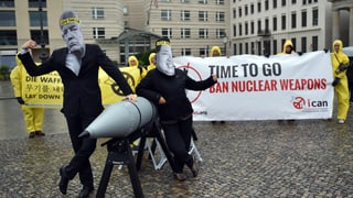 Der Friedensnobelpreis geht an die Anti-Atomwaffen-Kampagne