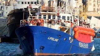 Erste Flüchtlinge verlassen Malta in Richtung Frankreich