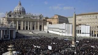 Zehntausende an Benedikts Angelus-Gebet