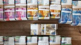 Geldsegen für Aktionäre von Schweizer Firmen