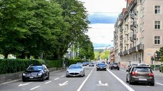 Zürcher Parlament zwingt Stadtrat Versuch mit Velospur auf