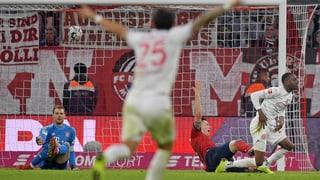 Lukebakios Dreierpack raubt Bayern 2 Punkte
