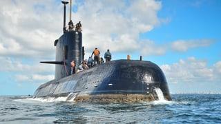 Die Besatzung des verschollenen U-Bootes hat offenbar versucht, Verbindung zu Marinestützpunkten aufzunehmen.