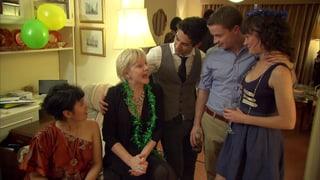 Video «Flirt English: Fireworks and Farewells (6/6)» abspielen