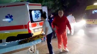 Dutzende Flüchtlinge in erbärmlichem Zustand in Lastwagen