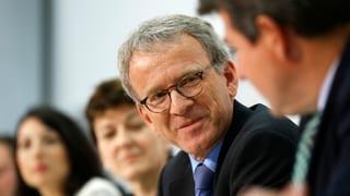 Adrian Lobsiger wird neuer Datenschützer