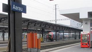 Schlägerei am Bahnhof Aarau: Fussball-Krawalle ganz ohne Spiel