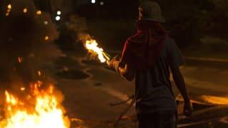 17-Jähriger wird bei Ausschreitungen erschossen