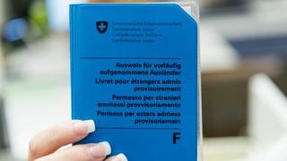 Vorläufig Aufgenommene: Neuer Status soll Sozialhilfe entlasten
