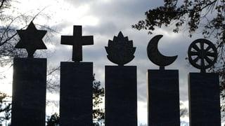 «Religionen befürworten keine Gewalt», schreibt Karen Armstrong.