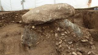 Ein urzeitlicher Stein auf Reisen