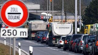 Mühsame Grenzübergänge im Zurzibiet wegen schlechter Absprache