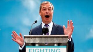 Farage sagt etablierten Parteien den Kampf an