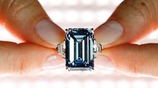 Blauer Diamant erzielt Rekordpreis in Genf