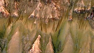 Flüssiges Wasser auf dem Mars immer wahrscheinlicher